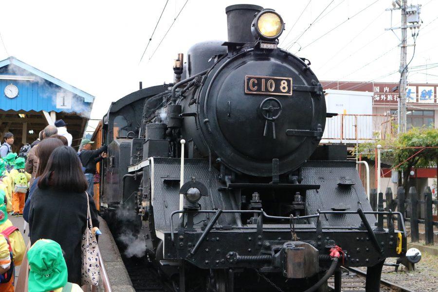 レトロ列車で行く、話題の絶景『奥大井湖上駅』(前編)