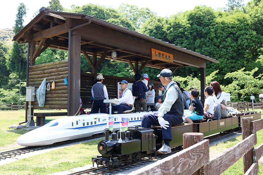 『島田市中央公園』のミニSLで子どもと遊ぼう!