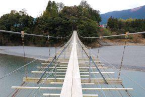 映画やドラマの世界を体感!大井川ロケ地巡りツアー