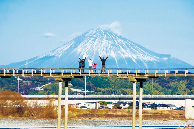 大井川鐵道のSL後は『蓬萊橋』に行こう
