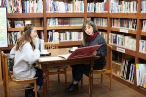 南アルプス山岳図書館